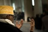 62 - Preghiera in Moschea