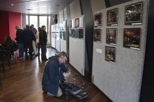 Visitando la mostra - 2 (di Pino F.)